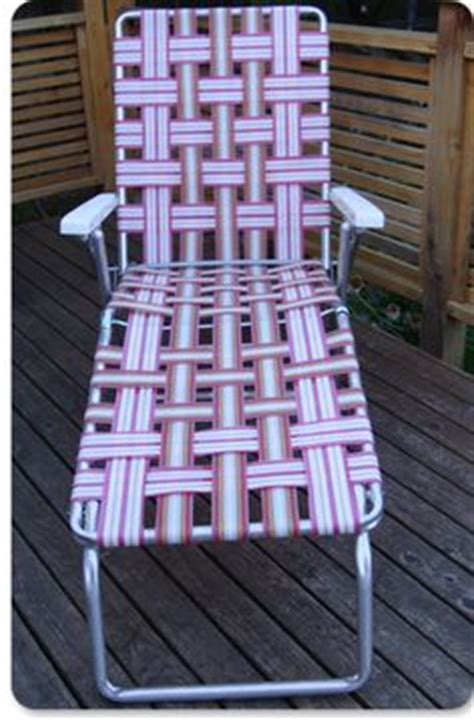 how to reweb patio chairs 1000 images about weaving lawn chairs on lawn