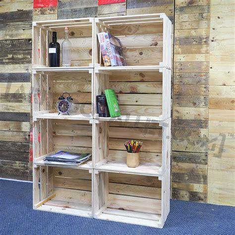 mobili di legno mobili con cassette di legno riciclo cassette legno