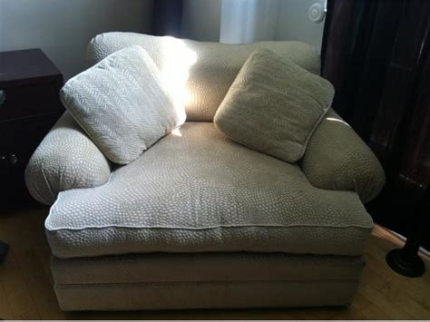 big and comfy chair w big ottoman it fits 2 aylmer