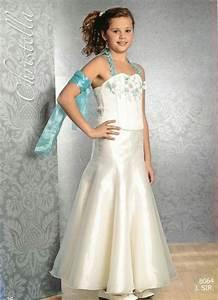 52f14e943b8 robe de demoiselle d 39 honneur pour petites filles mode nuptiale forum
