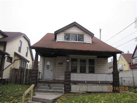 914 S 17th St, Milwaukee, Wisconsin 53204 Foreclosed Home. Customer Service For Small Business. Philadelphia Biblical University. Allstate Insurance Agency Locator. Reporting Tools Comparison Free Gre Math Prep. Broward County Bondsman Cable Tv Knoxville Tn. Fleet Credit Card Services It College Degrees. Compare Mortgage Life Insurance. Key Employee Retention Plan Update My Laptop