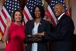 Wife of Elijah Cummings to run for his seat