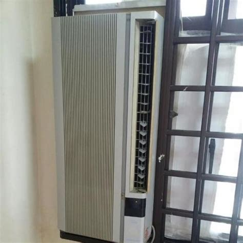 reservedcasement window aircon air conditioner  sale  outram park central singapore