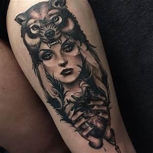 Loup Tatouage Signification : tatouage loup femme cuisse teuk ~ Dallasstarsshop.com Idées de Décoration