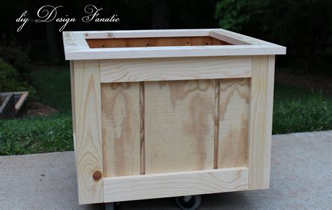 how to make a wooden planter box i am married to one smart cookie insert hearts here