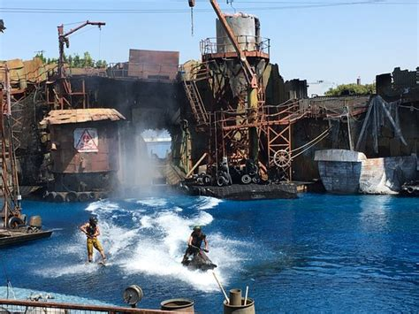 Show Water World (universal Studios Hollywood)