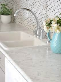delta kitchen faucet gray white kitchen remodel decor10