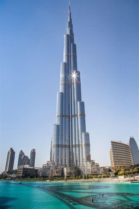 Weltreisen Durch Die Größten Gebäude Und