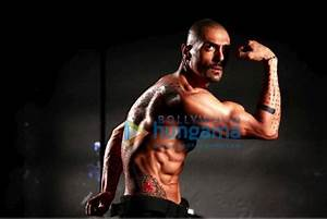 Check Out: Arjun Rampal at his menacing best as Ra.One ...