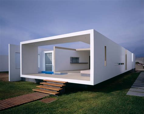 Box Houses Design by Boxed Delight Rectangular House In Peru Catches Eye