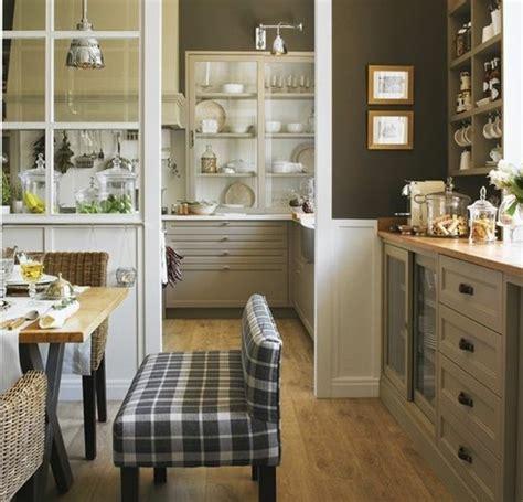 meuble cuisine couleur taupe peinture couleur taupe clair kirafes