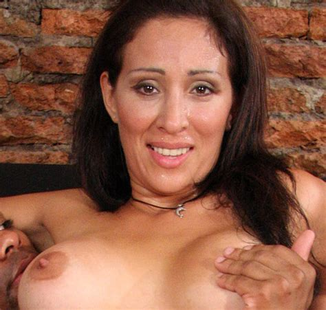 Mature Hispanic Whore Gitana And Big Black Cock Anal