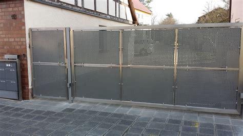 Das Tor Alles Ueber Die Oeffnung Im Zaun by Tore Tor 222