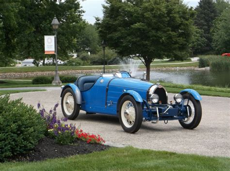 Looks like a late r4 gtl one to me (but with parking lights). 1927 Bugatti Type 35B Replica Kit Car for sale