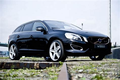 Volvo Wallpapers by Amazing Automobile Volvo V60 2011 Stills Wallpapers