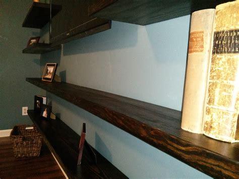 shelving    hang  shelf   visible