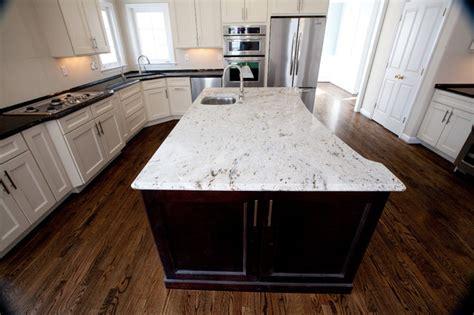 Two Tone Kitchen: Antique Brown Granite & Millennium Cream