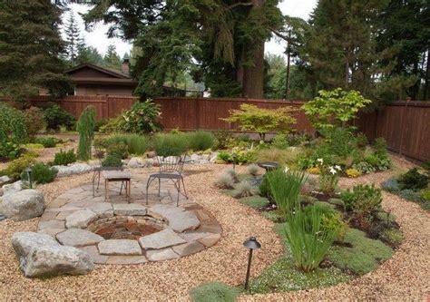 decoration jardin exterieur avec revetement de sol en