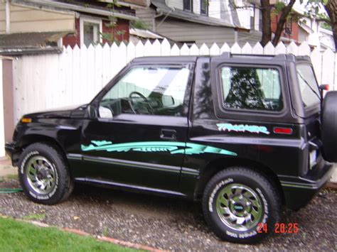1994 chevy tracker beholder2004 1994 chevrolet tracker specs photos