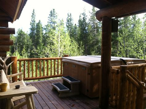 Log Cabin Tub by Amazing Mtn Log Cabin Tub Secluded Vrbo