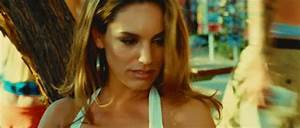 GhostSwag — Kelly Brook Gifs | Piranha 3D
