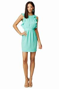 What to wear to an april wedding aquamarines summer for Dresses to wear to a wedding in april