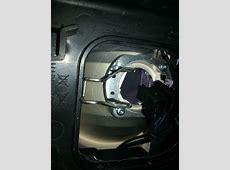 Wechsel des H7 HalogenAbblendlichtes beim BMW 3er E9X