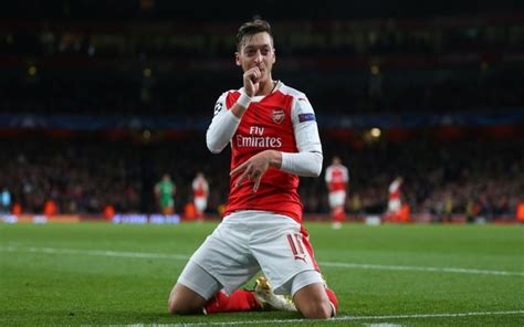 Arsenal injury news: Double boost for Wenger