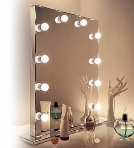 Miroir Coiffeuse Lumineux : source miroir miroirs led et armoires de salle de bain armoires de salle de ~ Teatrodelosmanantiales.com Idées de Décoration