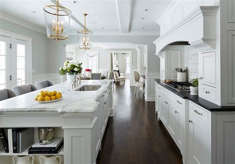 kitchen wainscoting design decor  pictures