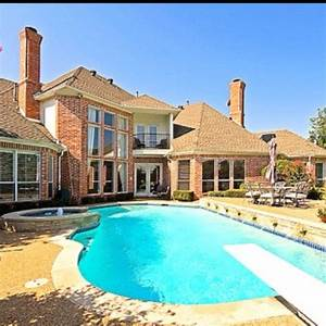 Big house with an awesome pool! It only needs to be in ...