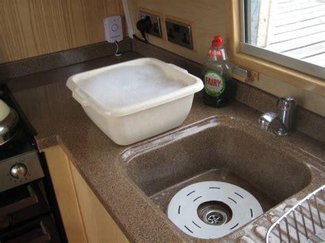 kitchen sink flooding building an aluminium narrowboat part 8 living on a 2714