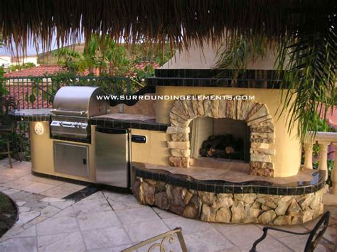 outdoor fireplaces  surrounding elements