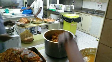 cuisine bu cuisine inhabituel mais propre picture of bu qtair