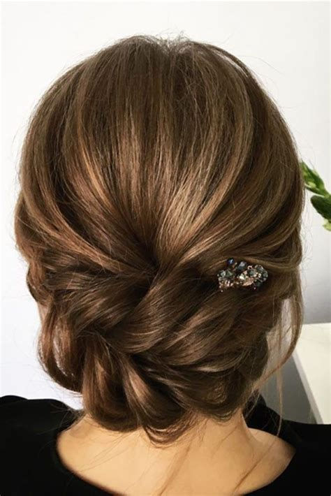 Hair Updo Hairstyles For Weddings by 36 Wedding Hairstyles For Medium Hair Wedding Updos