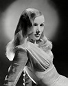 Canberra Critics Circle: DROWNING IN VERONICA LAKE