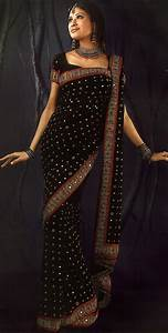 Latest Fashions  Different Styles Of Draping A Saree