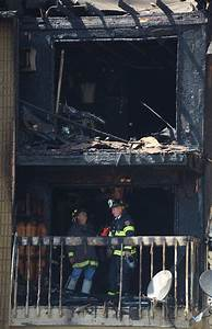 Schaumburg apartment fire displaces residents