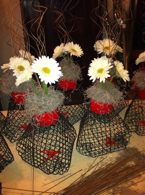 sw chic table centerpieces mini crawfish traps