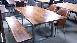 Esstisch Massivholz Baumkante : esstisch kerala massivholz akazie 200x100 cm mit baumkante ~ Orissabook.com Haus und Dekorationen