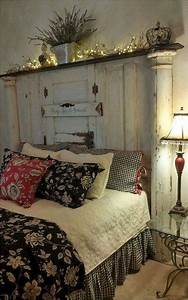 60 Rustic Farmhouse Style Master Bedroom Ideas 28