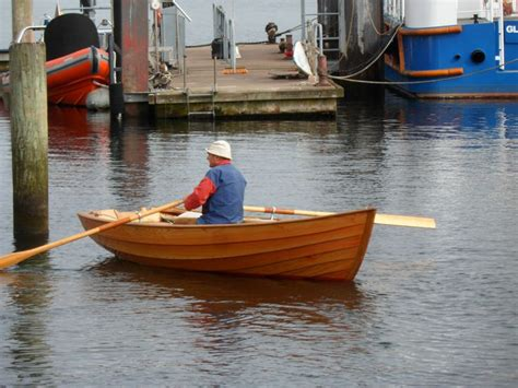 Oliver Dinghy Boat by 1000 Images About Boat Rowing On Viking