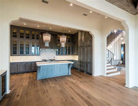 hardwood floors in the kitchen home bunch interior design ideas 7011