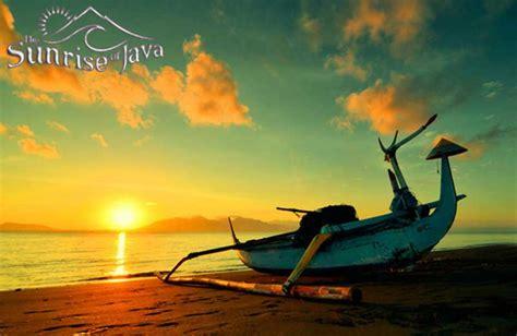 pantai banyuwangi  wajib dikunjungi sunrise  java