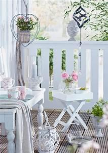 Deko Für Terrasse : deko trends f r balkon terrasse garten beautypunk ~ Orissabook.com Haus und Dekorationen