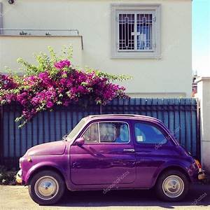 Fiat 500 Violet : violet fiat 500 car stock editorial photo 3290162 clashot 85352234 ~ Gottalentnigeria.com Avis de Voitures