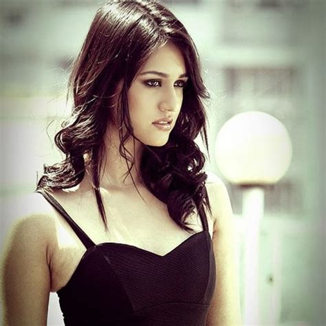 Disha Patani Beautiful Hd Wallpaper Latest 2017