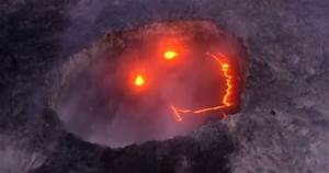 Hawaii Volcano Captured Smiling During Eruption | Bored Panda
