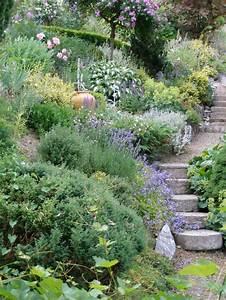 Steilen Hang Bepflanzen : hanggrundst ck garten gestalten mein sch ner garten ~ Lizthompson.info Haus und Dekorationen