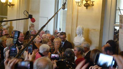 le buste d olympe de gouges enfin d 233 voil 233 224 l assembl 233 e lib 233 ration